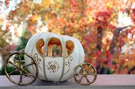 ido diy cinderella pumpkin carriage centerpiece