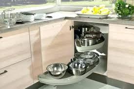 accessoire meuble d angle cuisine rangement d angle cuisine tiroirs dangle en bois space corner