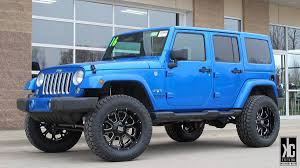 lifted jeep blue kc trends showcase xd buck 25 20x10 0 wheels mounted with toyo