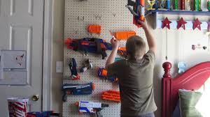 how to set up a nerf gun rack