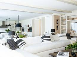 Living Room Furniture Ct The Best Ways To Cool A Room When You Don T Ac