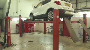 brake fluid change at drive vauxhall youtube