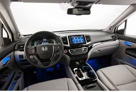 Honda Pilot Interior Photos 2016 Honda Pilot New Car Review Automiddleeast Com