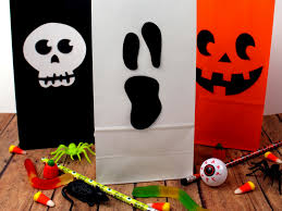 two little homeschoolers halloween treat bags with free