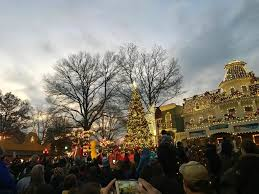 Is Six Flags Open On Christmas All You Need To Know About Six Flags Holiday In The Park