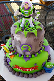 Buzz Lightyear Centerpieces by 78 Best Party Toy Story Images On Pinterest Toy Story Party
