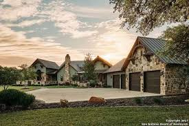 country homes 10 hill country homes for sale that boast waterfront views of