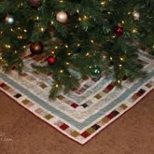 Quilted Christmas Tree Skirts To Make - spiral quilted christmas tree skirt tree skirts christmas tree