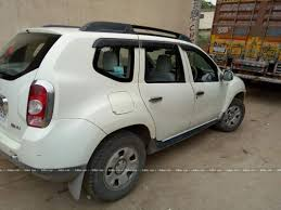 nissan terrano vs renault duster renault duster rear suspension best suspension 2017