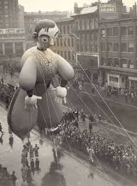 thanksgiving columbus nine decades of macy u0027s thanksgiving day parade in photos curbed ny