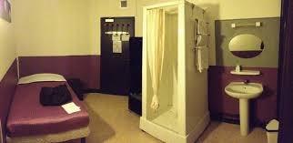 hotel lille dans la chambre la célèbre cabine de dans la chambre picture of hotel