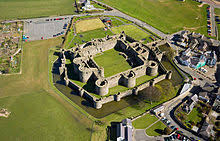 Old Castle Curtain Wall Curtain Wall Fortification Wikipedia