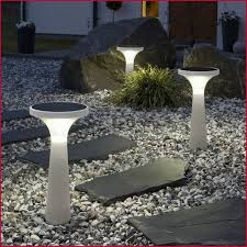Solar Powered Landscape Lights Best Solar Landscape Lighting Cozy Best Solar Powered Landscape