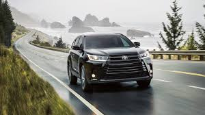 toyota highlander sales 2017 toyota highlander for sale near medford ma woburn toyota