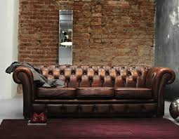 oldschool chesterfield sofa vintage leather industrial style