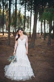 29 unique lace wedding gowns that scream romance junebug weddings