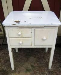 Enamel Kitchen Cabinets by 7 Best Enamel Top Cabinets Images On Pinterest Vintage Kitchen