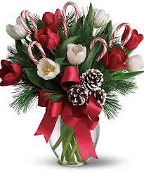 christmas floral arrangements best 25 christmas floral designs ideas on christmas