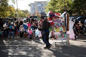 raleigh parade kicks the season out and