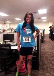 11 Halloween Costumes Girls Woman Dressed Marathon Victim Halloween Death