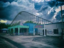 Abandoned 6 Flags Completely Untitled