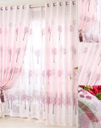 style curtains of tree patterns in pink color