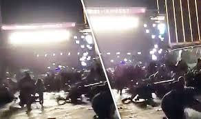 las vegas shooting video stampede from crowd as gunshots ring out