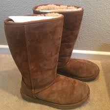 ugg boots sale size 2 63 ugg boots ugg kid s chestnut size 2 from