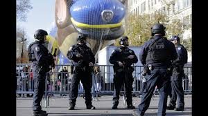 macy s parade rolls on with balloons bands security wpxi