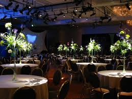 have a wedding in a small banquet here are tips to make it look