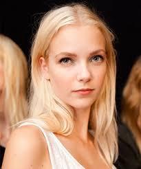 top overcounter hair highlighter correct brassy tones in blonde brunette hair