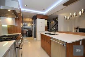 cuisine blanc et noyer cuisine noir et noyer idées de décoration et de mobilier pour la