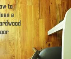 Cleaning Hardwood Floors With Vinegar How To Clean Laminate Wood Floors Without Doing Damage