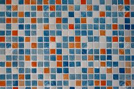 Salle De Bain Bleu Et Blanc by Bleu Orange Blanc Carrelage Dans La Salle De Bains Banque D