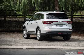 renault koleos 2017 renault koleos vs mazda cx 5 2wd suv comparison video