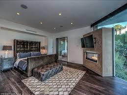 Minecraft Master Bedroom Minecraft Youtube Star Jordan Maron U0027s 4 5m House In The Hollywood