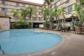 Comfort Inn At The Zoo Omaha Comfort Inn U0026 Suites Zoo Seaworld Area San Diego Ca Booking Com