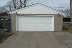 Overhead Door Sioux Falls Sd 2105 S Jefferson Ave Sioux Falls Sd Real Living Sioux Falls