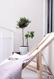 Lightweight Beach Chairs Uk The 25 Best Folding Beach Chair Ideas On Pinterest Wooden Beach