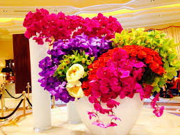 flowers las vegas these colors beautiful flower arrangement at the in las
