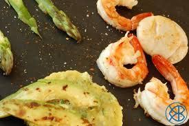 cuisiner avec la plancha recette espagnole fruits de mer à la plancha