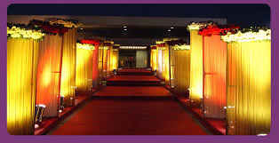 Indian Wedding Decoration A Wedding Planner Indian Wedding Hall And Mandap Entrance Decorations