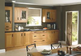 Kitchen With Light Oak Cabinets Kitchen Colors With Pine Cabinets Google Search Kitchen