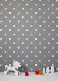 papier peint chambre bebe papier peint design et poétique pour une chambre enfant déco cool