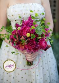 How To Make Bridal Bouquet How To Make A Diy Flower Mart Wedding Bouquet 1 2 A Practical