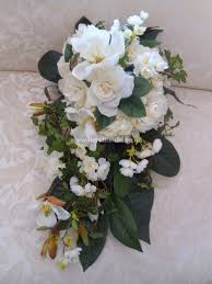 white gardenia and magnolia bouquet