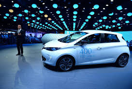 renault beats tesla and gm to the punch with 250 mile range ev