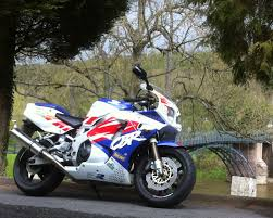 cbr sport bike everyday superbikes edsbk honda cbr 900 rr fireblade