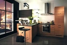 cuisine pour petit espace cuisine pour petit espace astuces déco pour agrandir une
