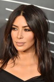 is kim kardashian u0027s new short hair cut real only time will tell